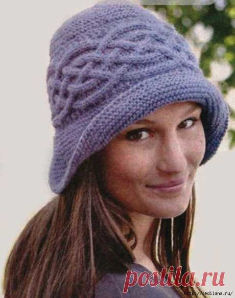 Женская шляпка вязаная спицами