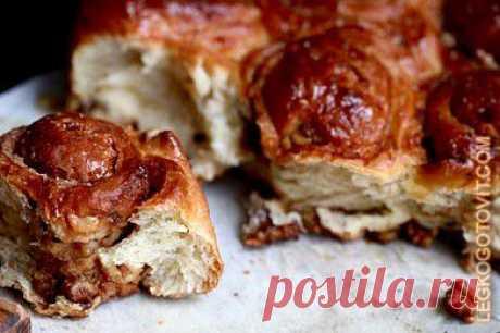 Рецепт: Булочек с корицей и грецкими орехами - Из дрожжевого теста - Выпечка и десерты - Готовить легко!