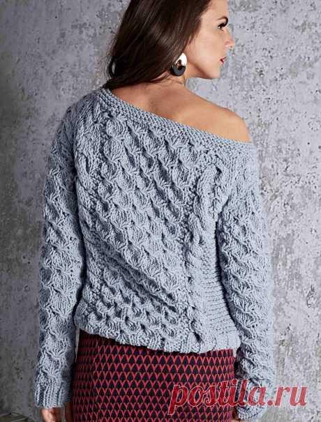 Вязание крючком и спицами - Пуловер фантазийным узором с косами