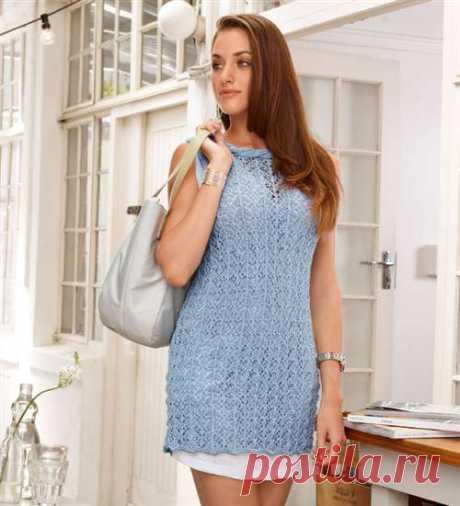 Голубое ажурное платье спицами
