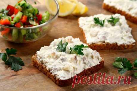 Бутерброды с творожным сыром и селедкой – пошаговый рецепт с фото.