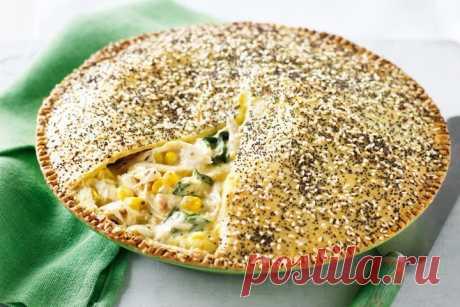 Creamy chicken, corn & mustard pie