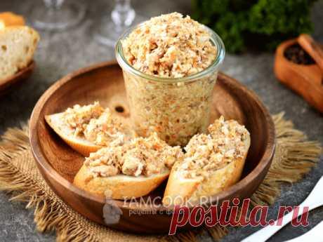 Паштет из рыбных консервов — рецепт с фото Яйцо, картофель и морковь отвариваются, натираются на мелкой терке вместе с сыром, соединятся с консервами, луком и майонезом. Очень вкусно!