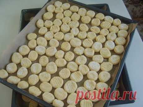 Perezoso vareniki con las patatas