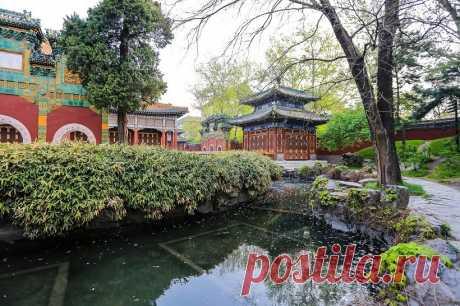 Парки Пекина вынуждены закрывать кассы из-за чрезмерного притока посетителей | Туризм