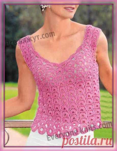 Ажурный топ-маечка крючком на широких бретелях с глубоким вырезом. | Все вяжут.сом/Everyone knits.com |
