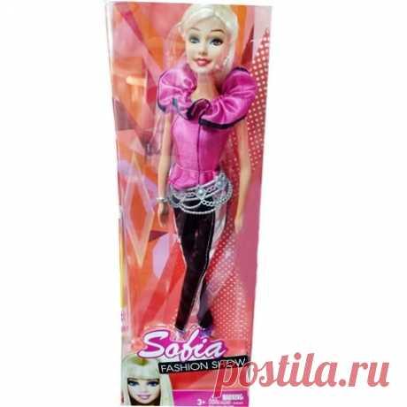 Кукла София прекрасная блондинка с карими глазами девочкам оптом из Китая. На кукле ярко розовое платье в стиле 18 века с модными черными легинсами. Является более дешевым аналогом Барби и не требует лицензии для розничной торговли от правообладателя. Имеются все нужные сертификаты качества.