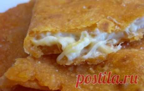 Лепешки с сырной начинкой «Муж в восторге» / Лепешки / TVCook: пошаговые рецепты с фото