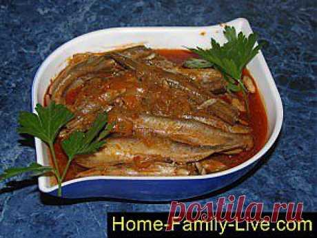 Кулинарные рецепты Мойва в мультиварке - пошаговый фоторецепт - мойва в томатном соусе