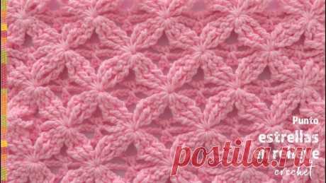 Punto estrellas en relieve tejido a crochet - Tejiendo Perú Lindo punto con estrellas en relieve tejido a #crochet ⭐️ Solo se repiten 4 hileras 😉 Suscríbete a nuestro canal aquí: https://goo.gl/SUC5Q8 Visita nuestra p...