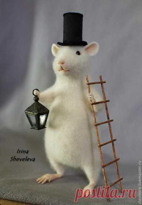 Мастер-класс по созданию миниатюрных лапок В данном мастер-классе я не буду рассказывать о том, как свалять ту или иную игрушку, а покажу, как сделать отдельную ее часть - маленькие и по возможности аккуратные лапки :) Лапки мы будем делать... крысиные) 'Фу, какая гадость!' - скажут некоторые. 'Ничего вы не понимаете в крысиных лапках!' - отвечу я))) Итак, для создания миниатюрных лапок нам понадобятся: - проволока 0,3мм; - проволока…