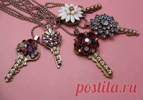 Винтажные кулоны из ключей | Dolio.ru