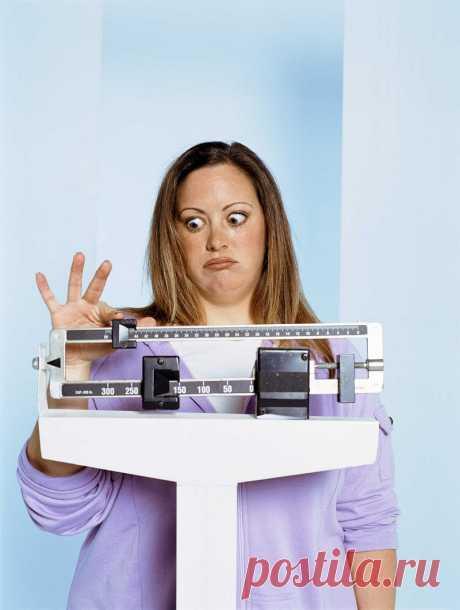 Диета «Пушинка»: легко похудела на 25 килограмм и здоровью не навредила. Идеально для женщин за 40!  Есть женщины, которые едят и не поправляются, есть те, которые быстро набирают вес, но очень легко его теряют даже от самой обычной диеты. Но есть те, кто изнуряют себя различными диетами, но ничего …