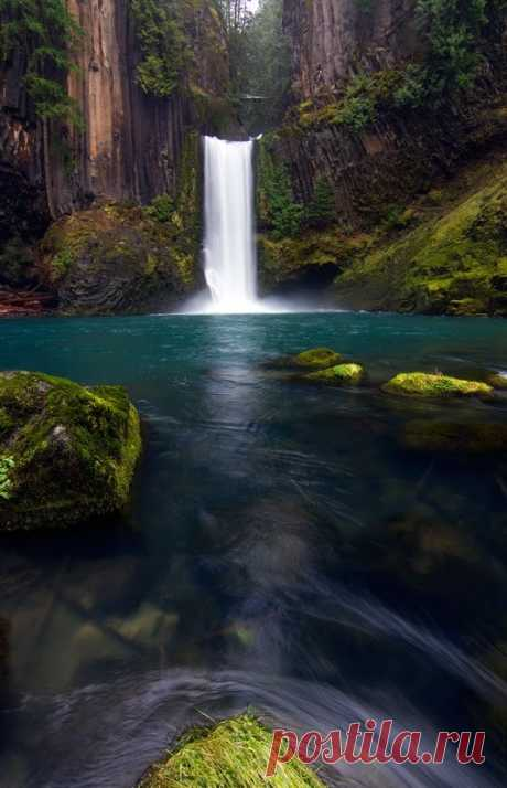 Inspiration and References — dranilj1: Toketee Falls, Oregon by Skyler Hughes