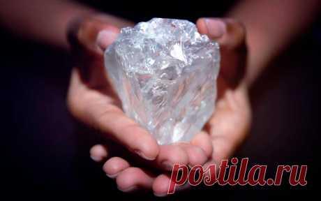 Самые большие алмазы в мире: фото, описание, стоимость Насколько большие алмазы найдены на нашей планете 🧪,вы узнаете какой из них самый крупный, и какие стали самыми известными бриллиантами