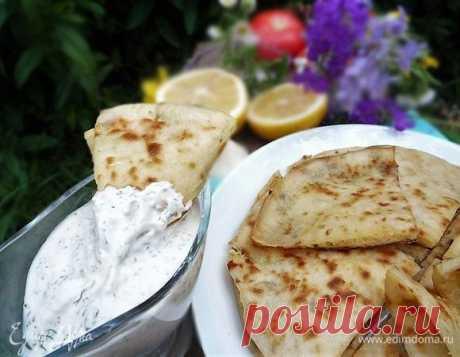 Хычины с картофелем, сыром и зеленью. Ингредиенты: молоко, мука, соль морская | Официальный сайт кулинарных рецептов Юлии Высоцкой
