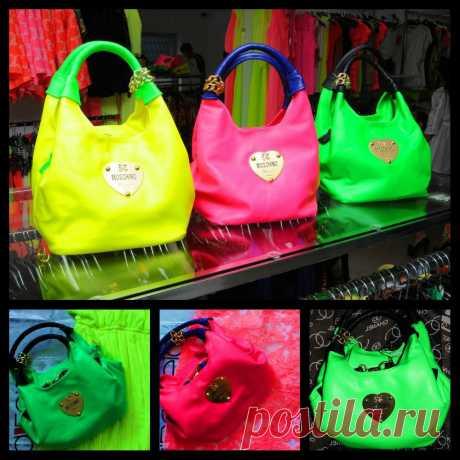 В НАЛИЧИИ! сумка MOSCHINO (Турция)мягкая кожа 1500руб. розовая и зеленая