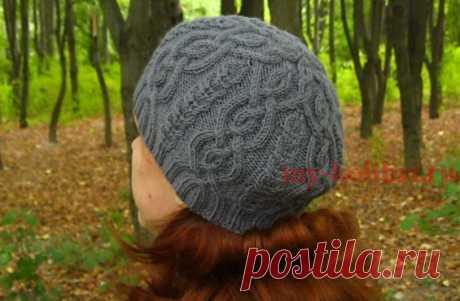 Красивая шапка спицами «Iced Hat» от Ирины Дмитриевой.