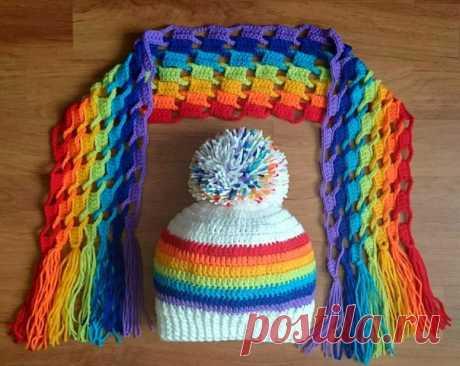 МИНИ МК  Некуда пристроить остатки пряжи? Свяжите ребенку яркий весенний комплект из шапочки и шарфика!