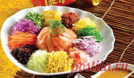 Новогодний салат «Ю-Шэн» по-китайски рецепт с фото пошагово Новогодний салат «Ю-Шэн» по-китайски - пошаговый кулинарный рецепт приготовления с фото, шаг за шагом.