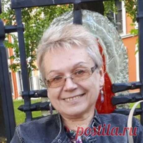 Елена Мызникова
