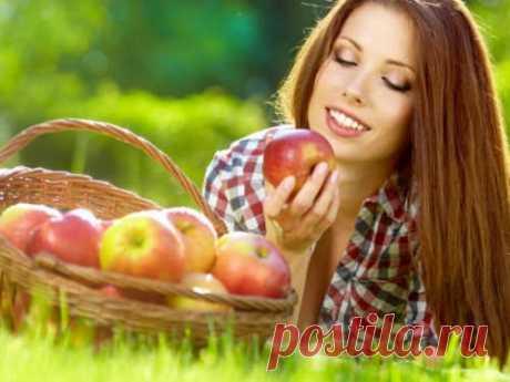Кчему снятся яблоки Наши сны, помнению многих специалистов, иногда имеют тайное толкование. Каждый сон можно трактовать по-разному. Яблоко символизирует много вещей, так как этот предмет буквально пронизан символическими значениями.