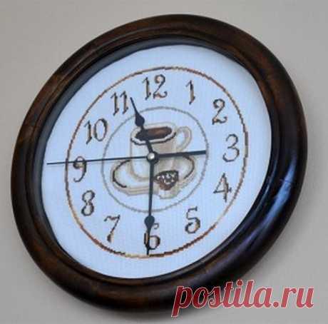 Вышивка крестиком - часы   razpetelka.ru