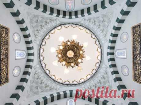 Мечети - шедевры архитектуры / Туристический спутник