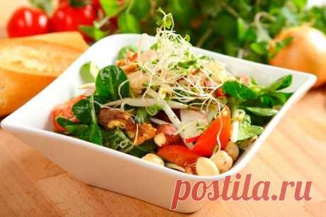 Необычный салат с ростками и орехами – пошаговый рецепт с фото.
