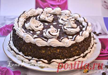 Шоколадно-кофейный торт Предлагаю вам попробовать очень классный шоколадно-кофейный торт. Торт очень вкусный, с ярко выраженным вкусом шоколада и кофе. Такой тортик можно испечь для любого праздника, готовится он довольно просто.