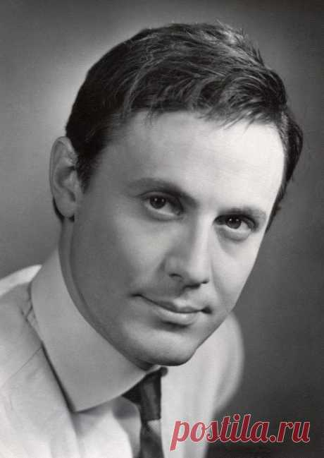 Юрий Соломин, 18 июня, 1935