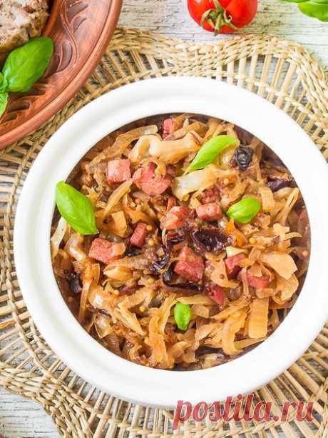 Рецепт тушеной капусты с черносливом на Вкусном Блоге