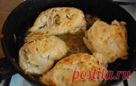 Куриные грудки под сырным соусом
