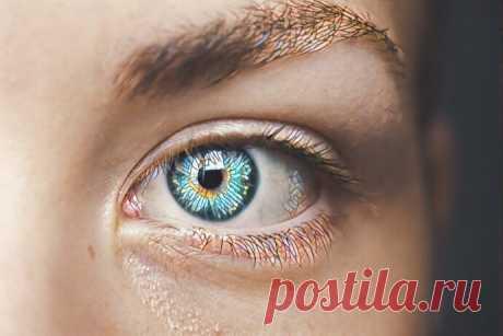 2 необходимых крема вокруг глаз, чтобы верхнее веко не провисало: Совет косметолога