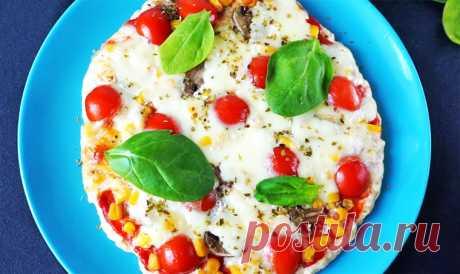 Диетическая белковая пицца из куриного филе