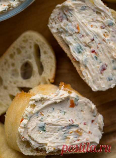 Ароматно-пряная итальянская намазка на хлеб. Идеальный вкус с тонкими акцентами. - MIXTIPS