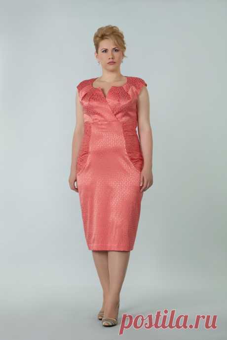 El vestido para las mujeres corpulentas a la fiesta: 25 tys de las imágenes es encontrado en el Yandex. Las estampas