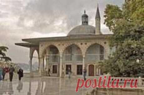 Сегодня 14 сентября в 0786 году У кормила власти в государстве Аббасидов встал 20-летний Харун ар-Рашид-БАГДАД