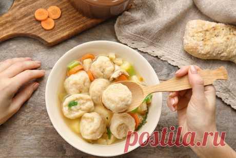 На второй день от супа остается пустая кастрюля: хоть и питательный, но очень легкий!