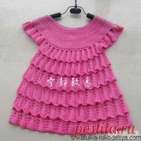 Платье с оборками крючком Платье с оборками крючком для девочки 3 лет. Платье с круглой кокеткой. Вязать лучше такое платьице из хлопковой пряжи яркого цвета…