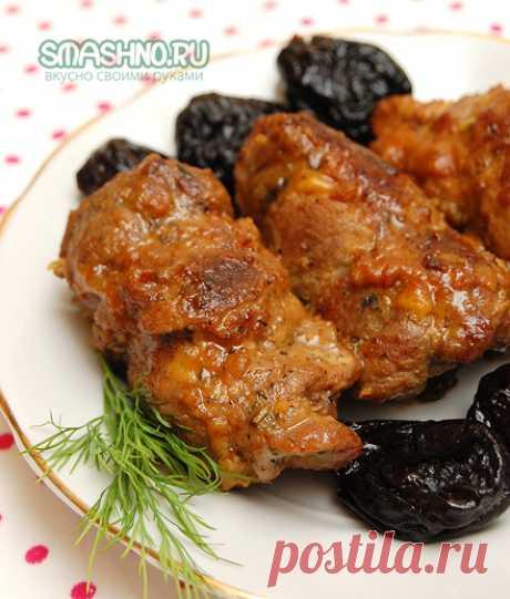 Свиные рулетики с начинкой. Это не блюдо, а праздник живота. Свиные рулетики с начинкой из чернослива и яблок – очень вкусно и совсем несложно. Пошаговый рецепт с отличными фотографиями, смотри и готовь!