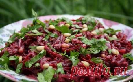 Свекольно ореховый салат рецепт с фото пошагово - 1000.menu