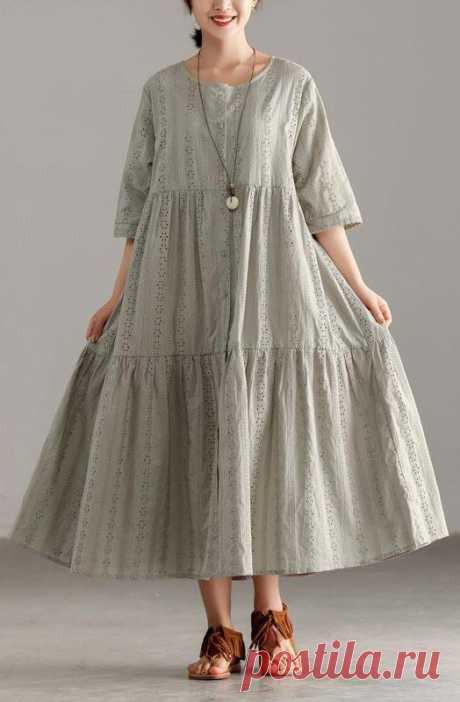 Платье свободное комбинированное с завышенной талией