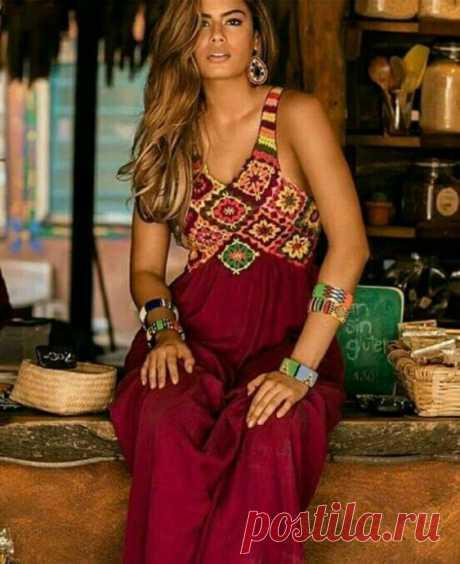 Сочетание вязаного полотна и текстиля