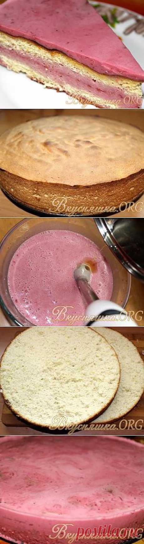 Бисквитный торт с вишнево-сметанным желе. Рецепт с фото