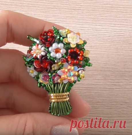 Как сделать брошь из бисера в виде букета цветов