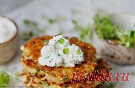 Рецепт картофельных драников с сырным соусом | Я тебя съем | Яндекс Дзен