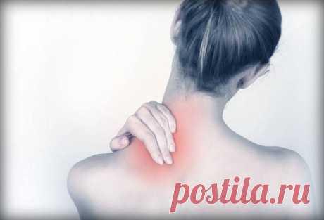 Упражнение для снятия зажимов в области шеи и плеч