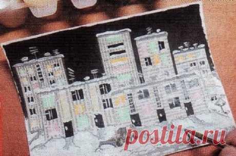 Объемная аппликация — это красивая поделка, выполненная своими руками из разных материалов. Для ее создания нужна основа в виде: картона, плотной бумаги, дерева, стекла, керамики, пластмассы, кожи, ткани. Тематика поделки — создание объемной картины в рамке. Поэтому и основа будет соответствующей.