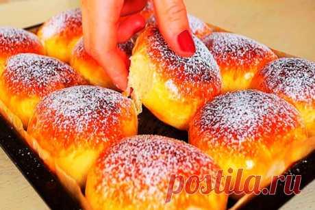 Тесто как пух! Быстрое, прекрасное тесто, подходит для любой выпечки Мягкое и пушистое тесто отлично подходит для любой сдобы и иной выпечки, как со сладкой, так и с соленой начинкой. Для приготовления вам потребуются такие ингредиенты: — мука,...